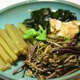 蕗、ワラビ、若布の煮物