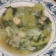 キャベツ、鶏肉のスープ