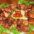 豚スペアーリブと鶏モモ肉の焼いたの