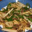 牛肉と筍、ピーマン、長芋の細切り炒め