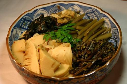 筍とワラビの煮物
