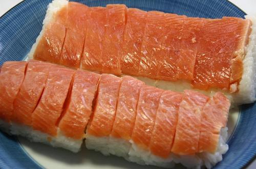新巻鮭 絞め鮭の押し寿司