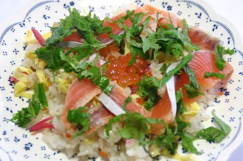 新巻鮭 絞め鮭とイクラの散らし寿司
