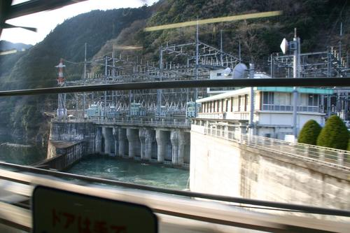 佐久間ダム発電所施設