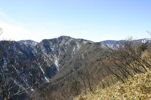 梅が島 八紘嶺より大谷嶺(2007m)
