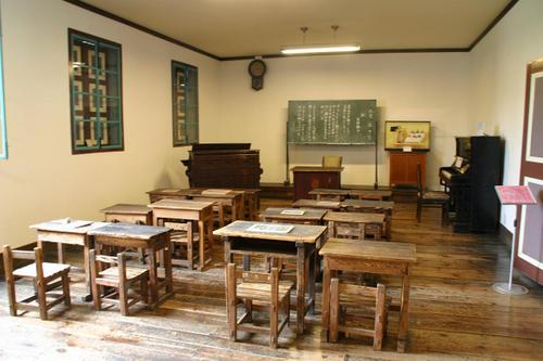 開智学校の教室